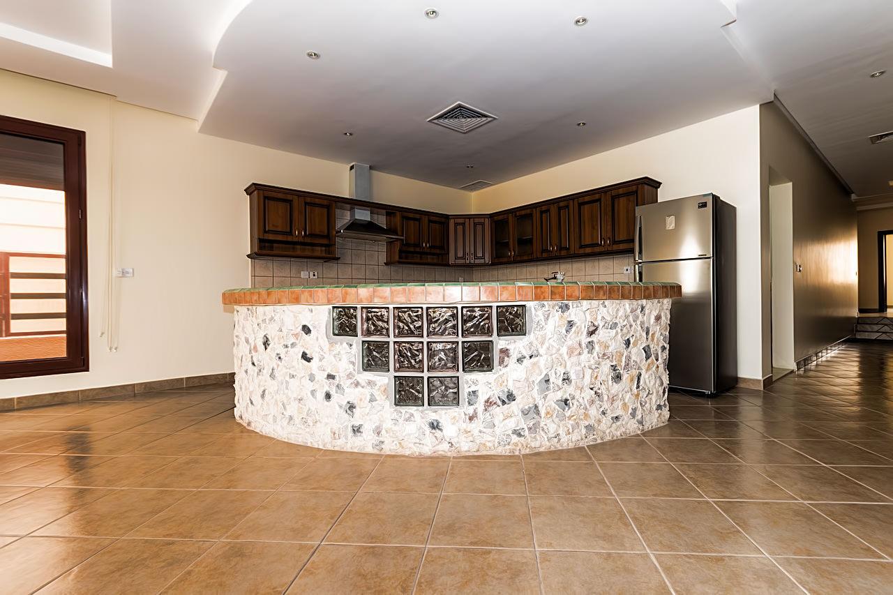 Salwa – spacious three bedroom apartments w/pool