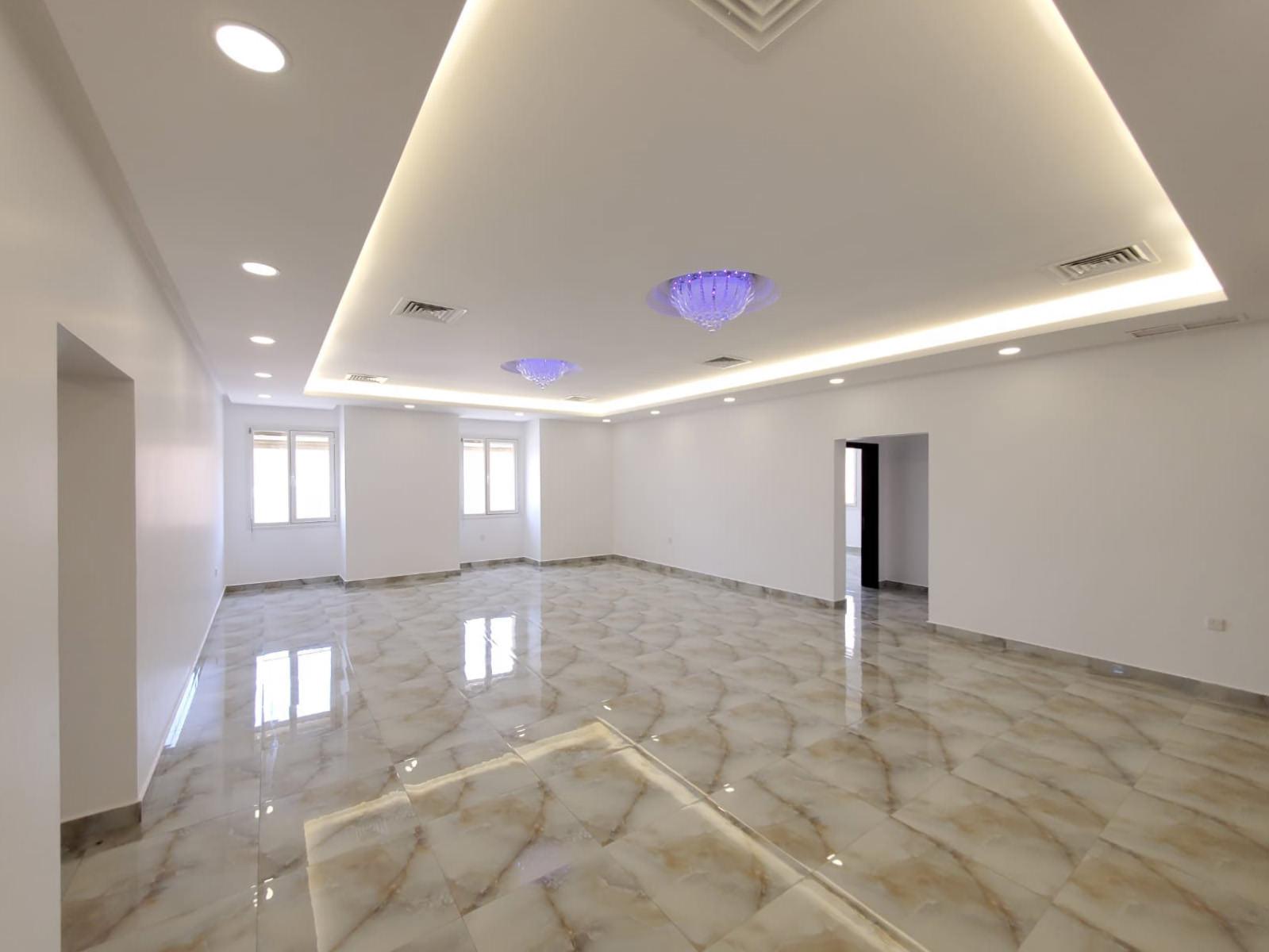 Surra – unfurnished, four bedroom floor