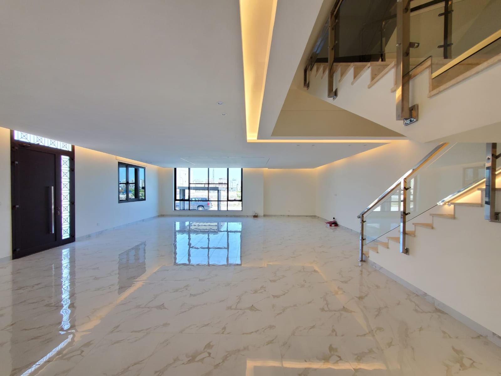 Abu Fatira – new, three or four master bedroom villas