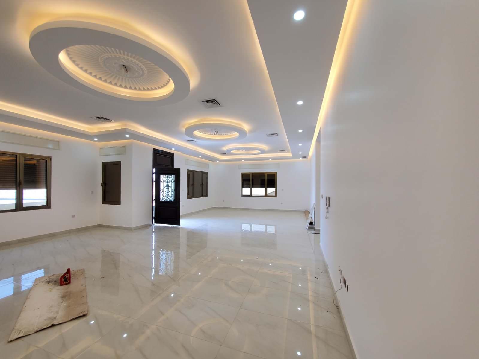 Fnaitees – spacious, new, unfurnished ground floor
