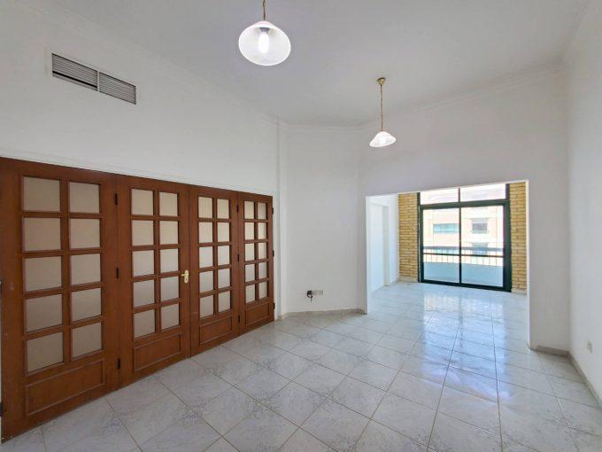 Salmiya – unfurnished, three bedroom apartment