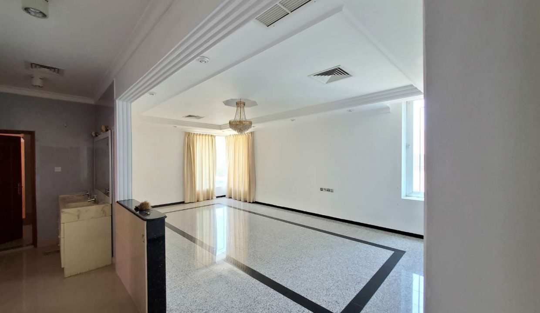 Horizon Q8 Salwa Floor 600 (12)