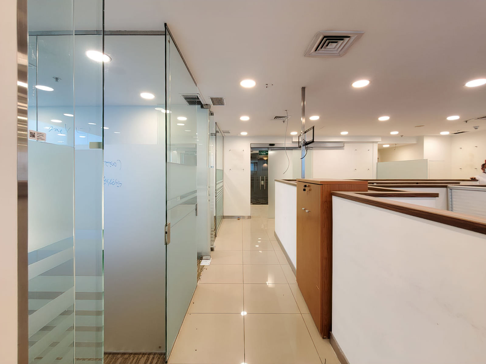 Sharq – 245m2 and 205m2 offices for rent