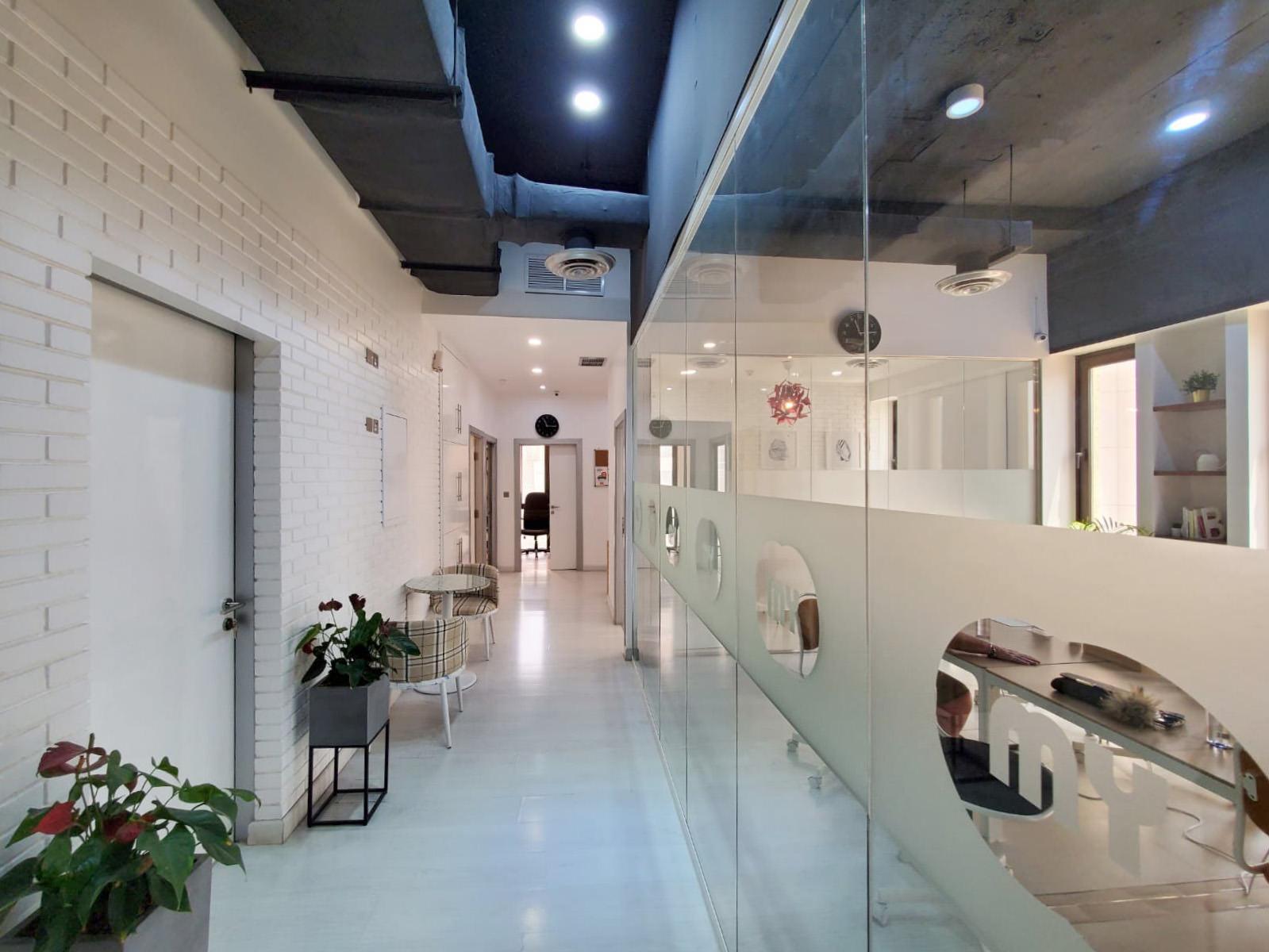 Sharq – furnished 1100m2 office in Sharq