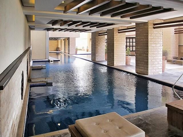 Salmiya – spacious three bedroom apartment w/sea view