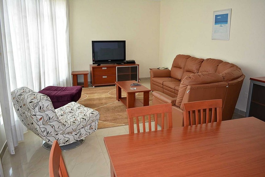 Salmiya – furnished, three bedroom apartment