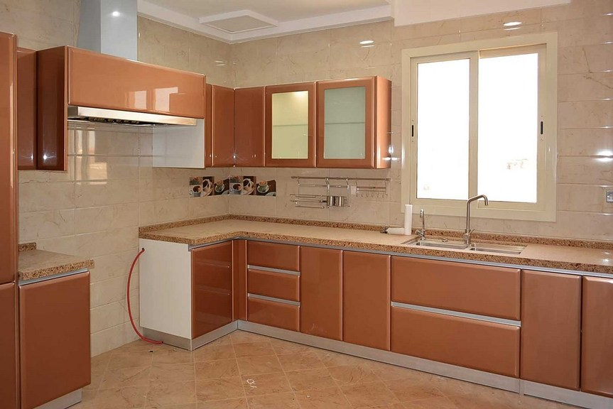 Rumathiya – beautiful, four bedroom floor w/balcony