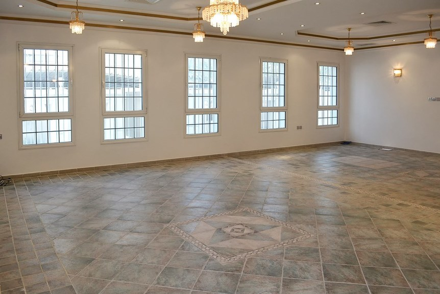 Salwa – unfurnished, five bedroom ground floor