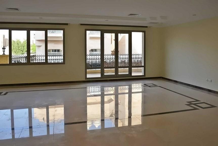 Rumathiya –  four bedroom duplex apartments w/balcony
