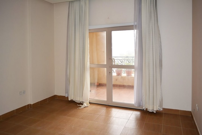 Salmiya – two bedroom apartment w/balcony