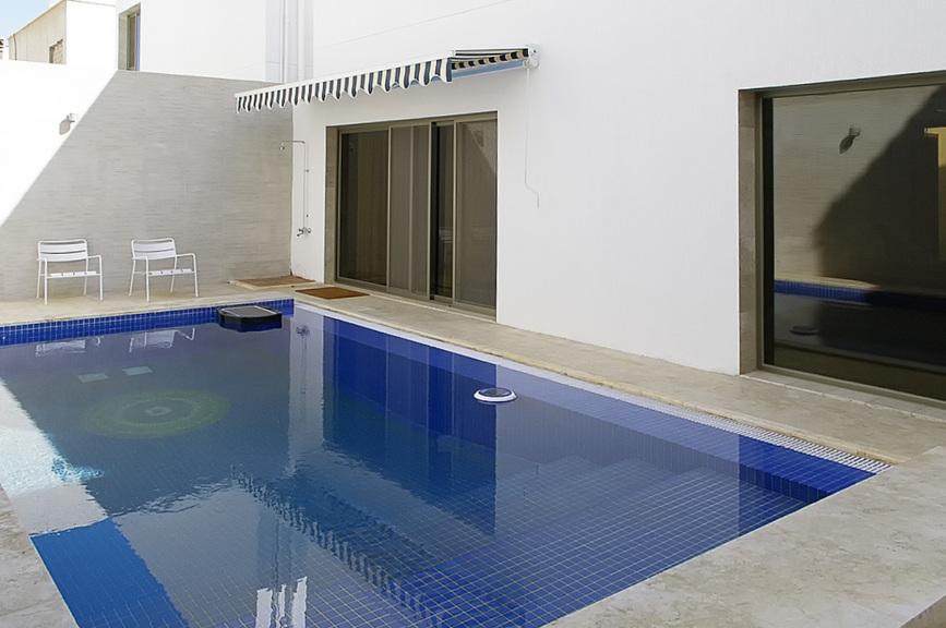 Salwa – lovely, furnished, three bedroom villa w/pool