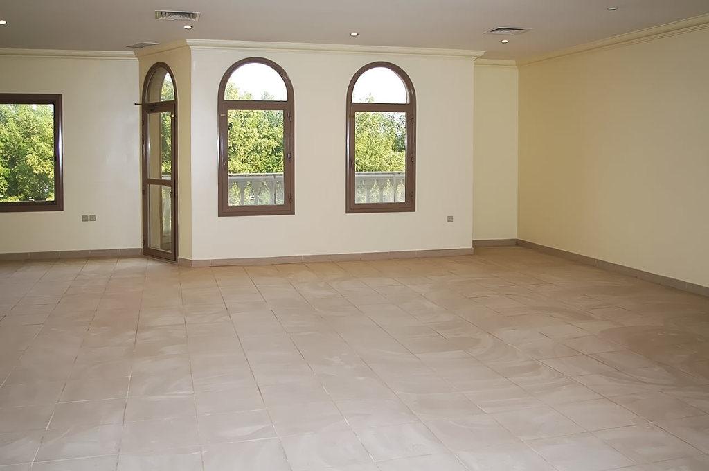 Salwa – spacious, four bedroom apartment w/pool