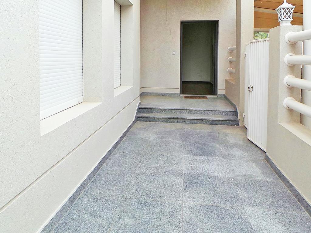 Rumathiya – three bedroom ground floors w/small yard
