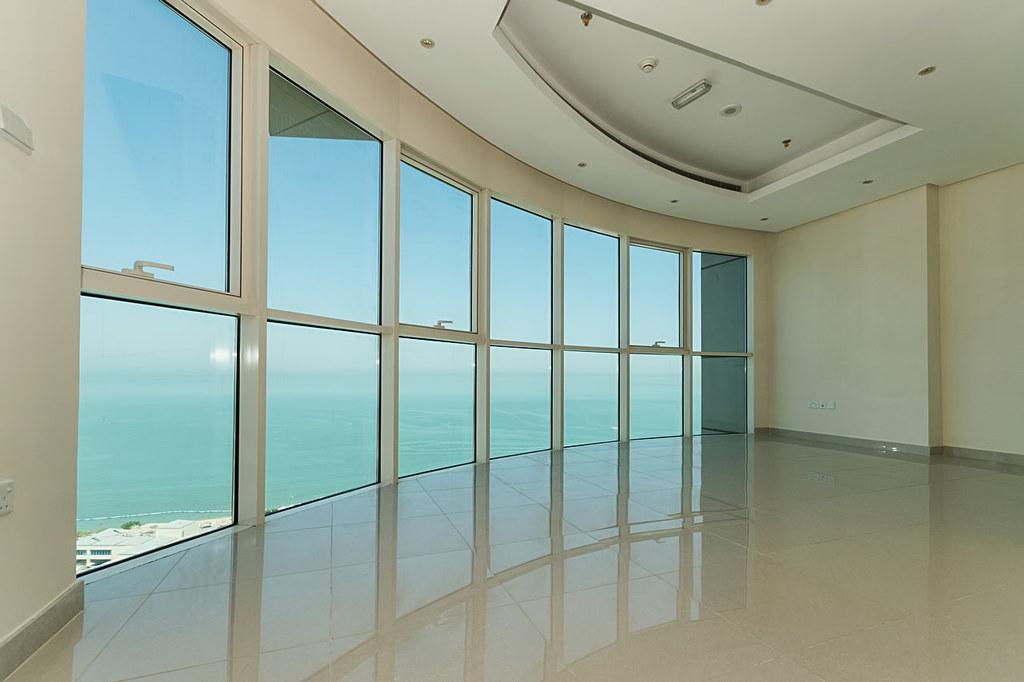 Salmiya – three master bedroom apartments w/pool and sea view