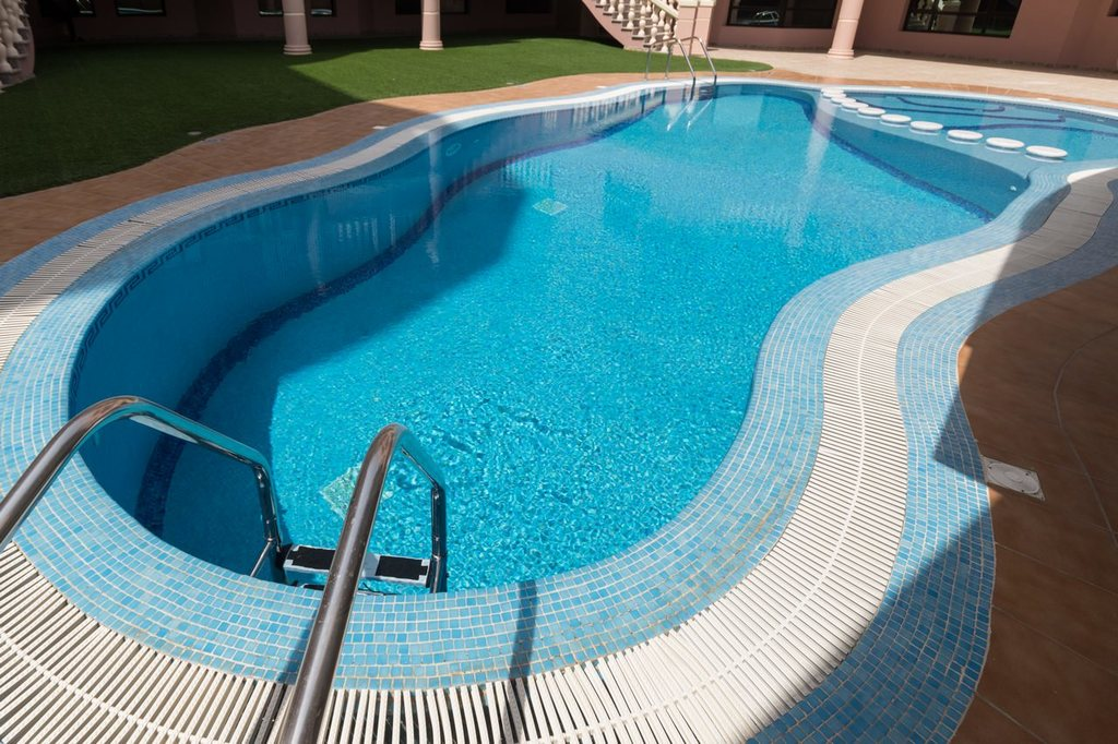 Fintas – three and four bedroom apartments w/pool