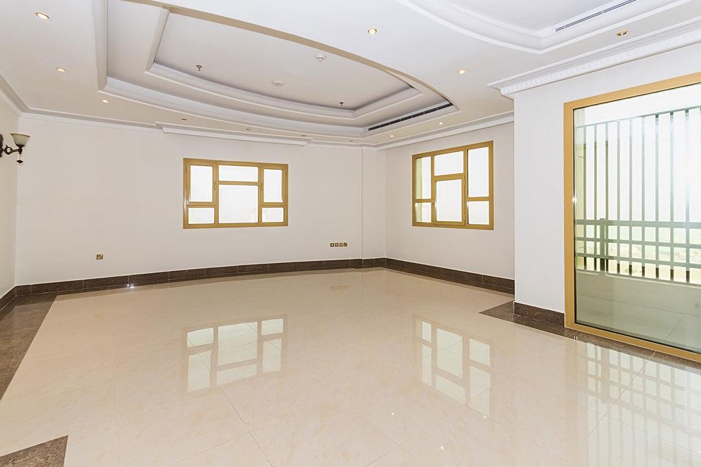 Sharq – unfurnished, three bedroom apartment w/pool
