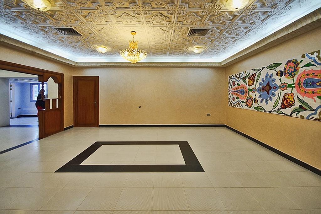 Mansouriya – large, unfurnished, two bedroom floor