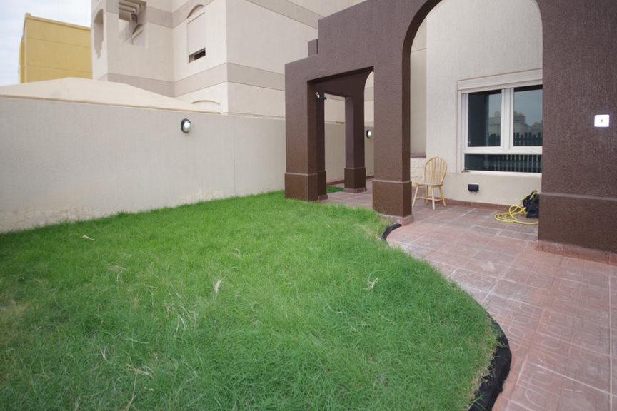 Egaila – unfurnished, 5 bedroom villa w/garden