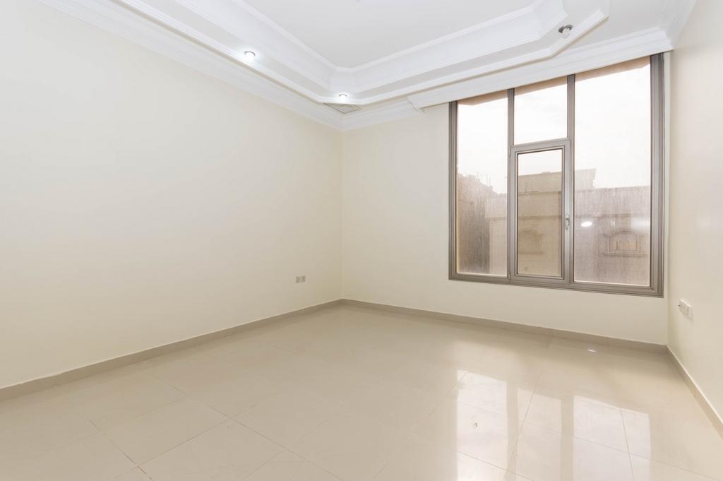 Mangaf – unfurnished, three bedroom apartment