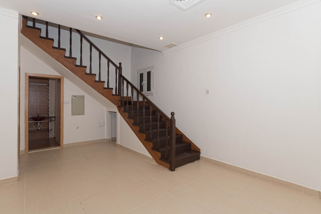 Salwa – unfurnished, three bedroom triplex w/balcony