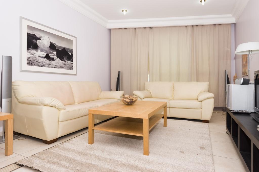 Mangaf Furnished Two Bedroom Apartment W Pool Horizon Q8