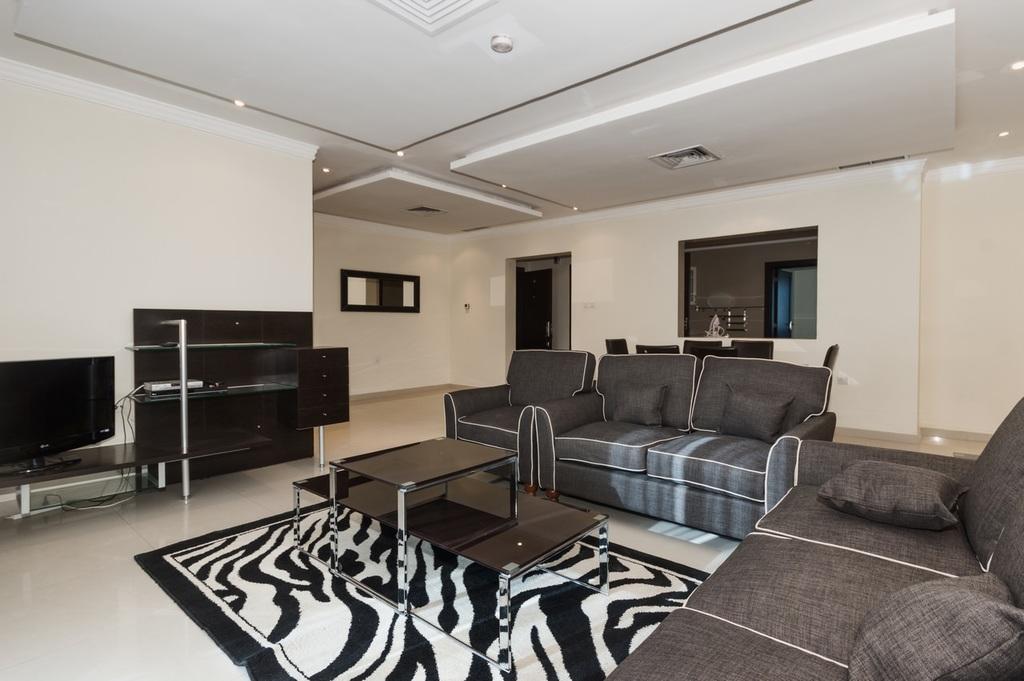 Mangaf – furnished, three bedroom apartment w/pool