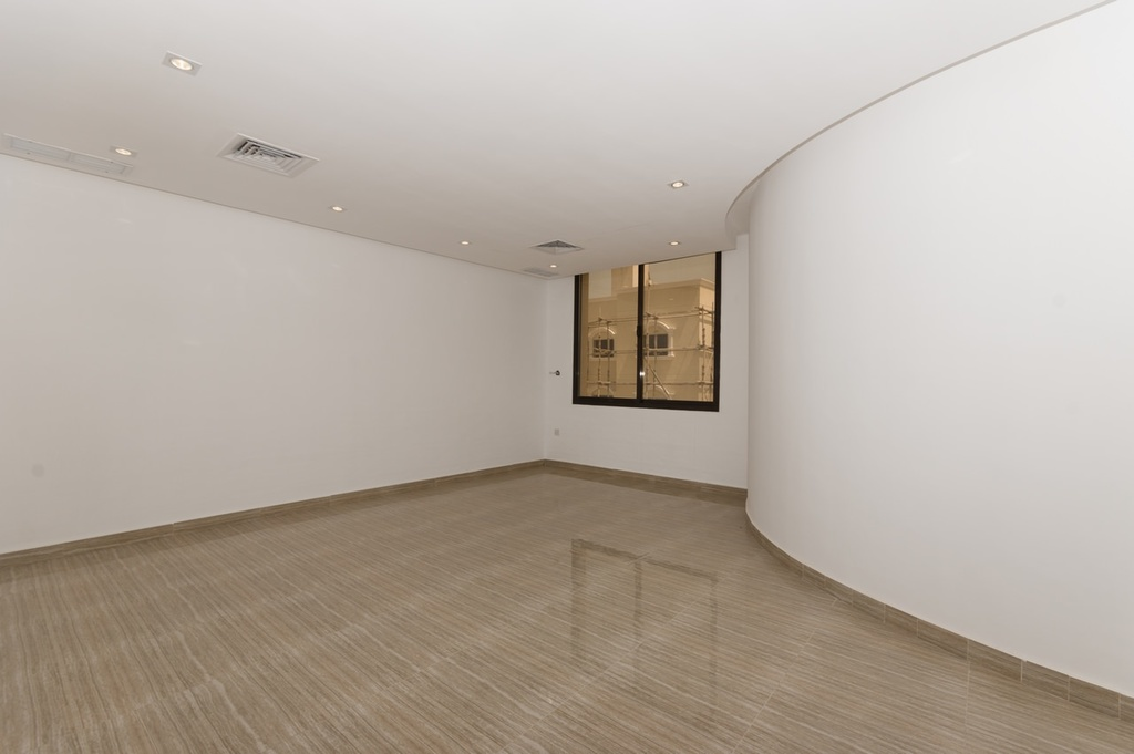 Jabriya – unfurnished, four bedroom floor