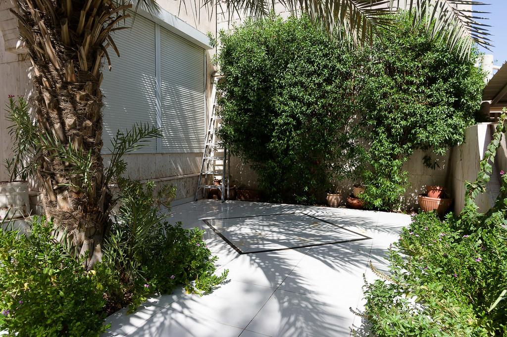 Jabriya – charming, unfurnished, one floor, three bedroom villa
