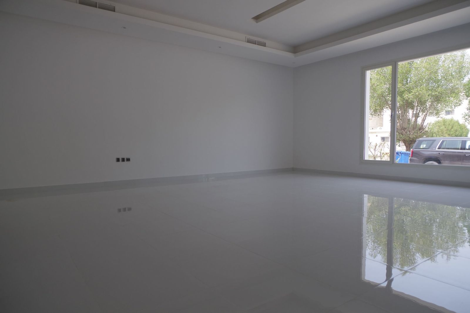 Shaab – spacious, unfurnished, four bedroom ground floor