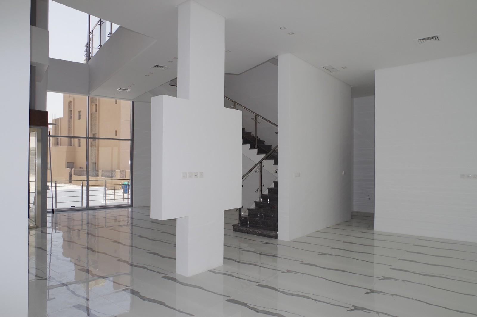 Al Masayel – new, modern, six bedroom villa w/basement