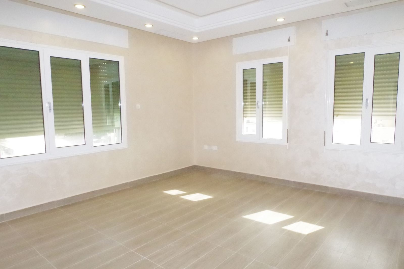 Mishref – unfurnished, three bedroom apartment