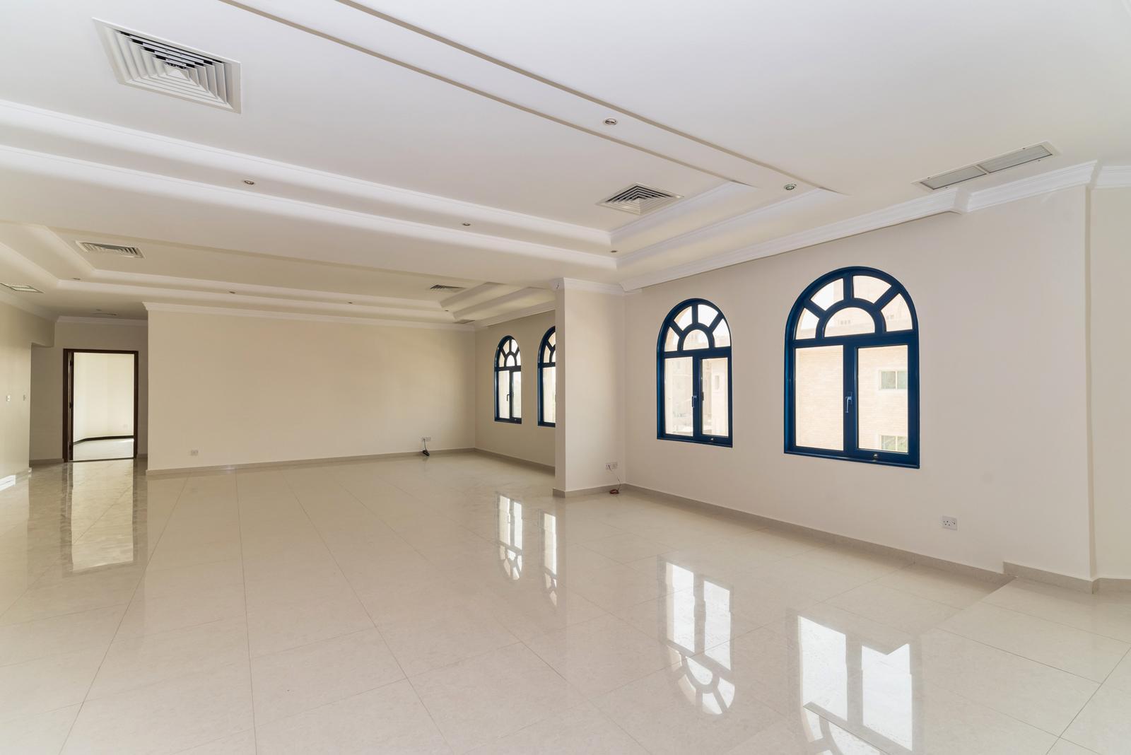 Salwa – spacious, older, unfurnished, three bedroom apartment