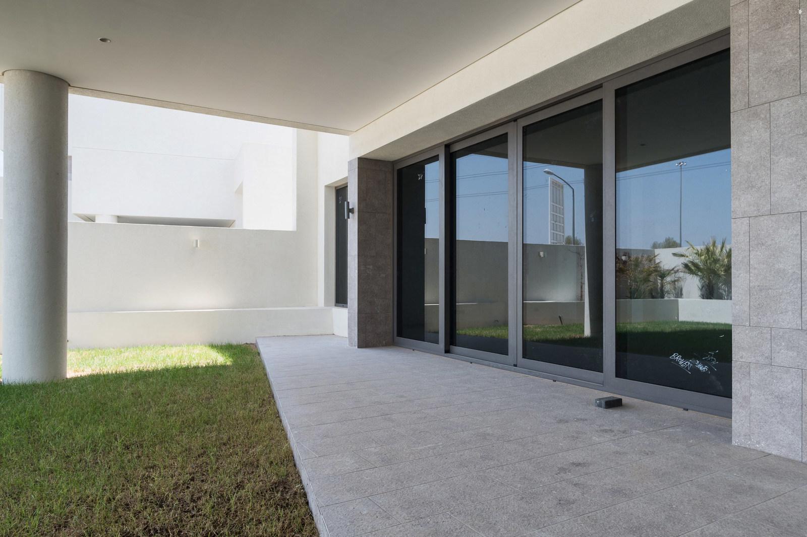 Salam – brand new, contemporary, four bedroom villas w/garden