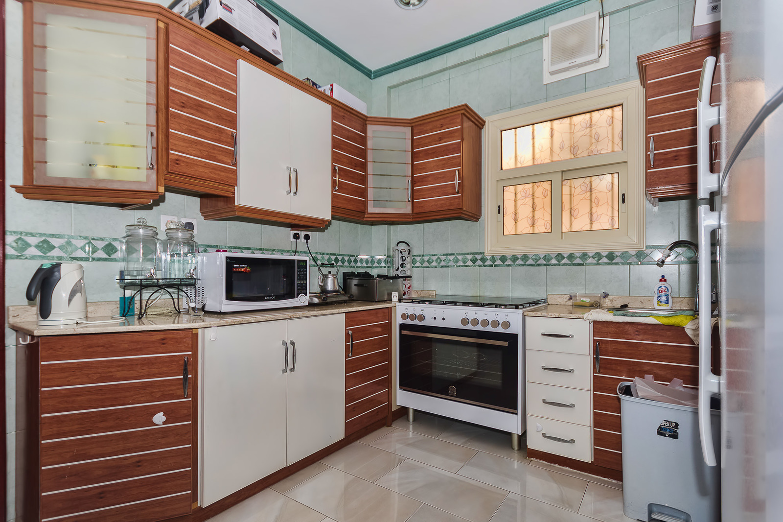 Mansouriya – unfurnished, two bedroom apartment