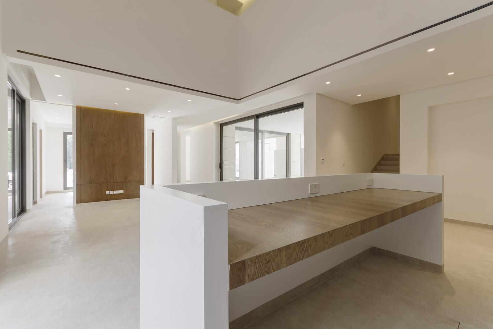 Abu Al Hasania – modern, unique, four bedroom villa w/pool