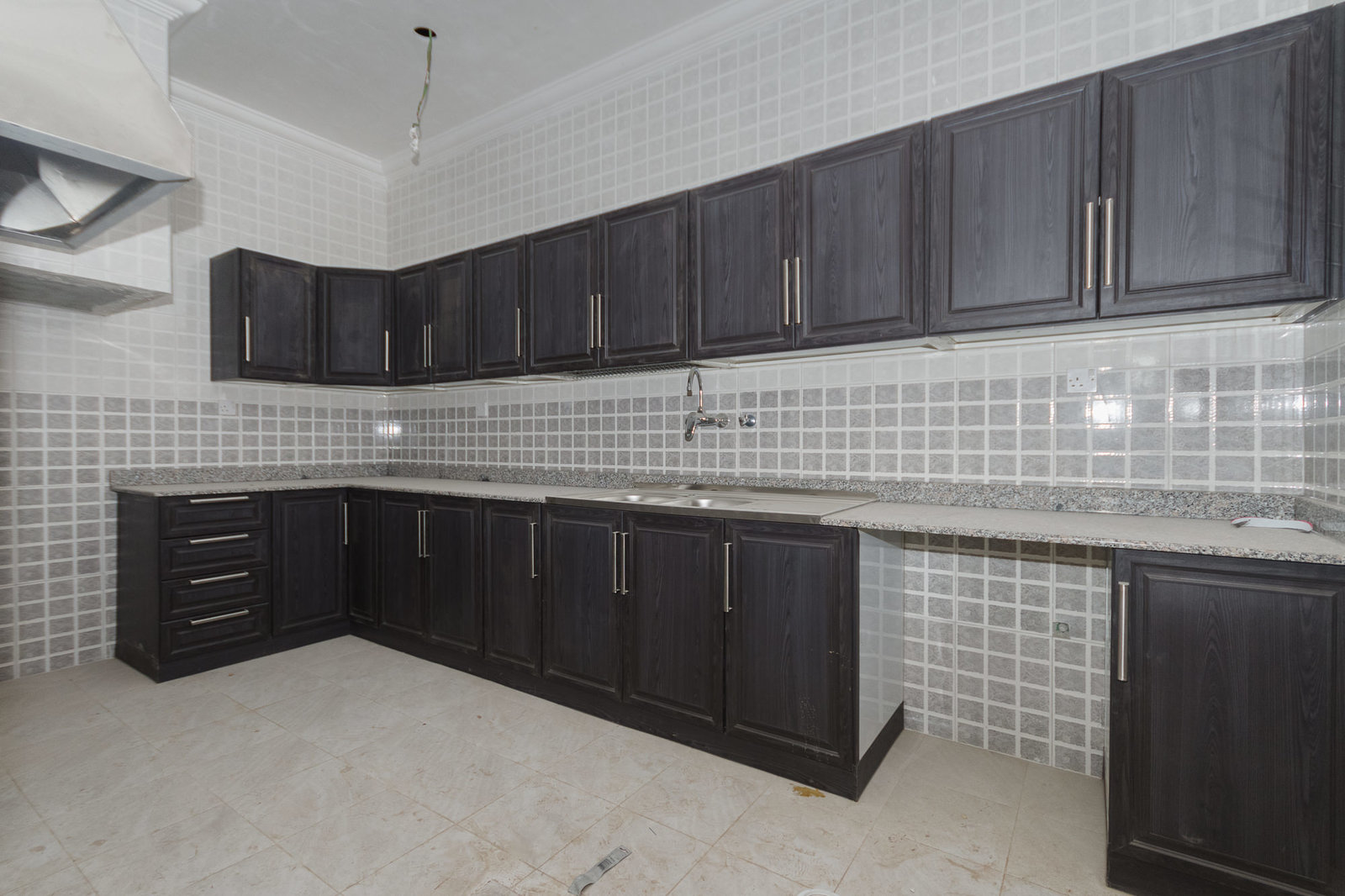 Salwa – brand new, unfurnished three bedroom apartments