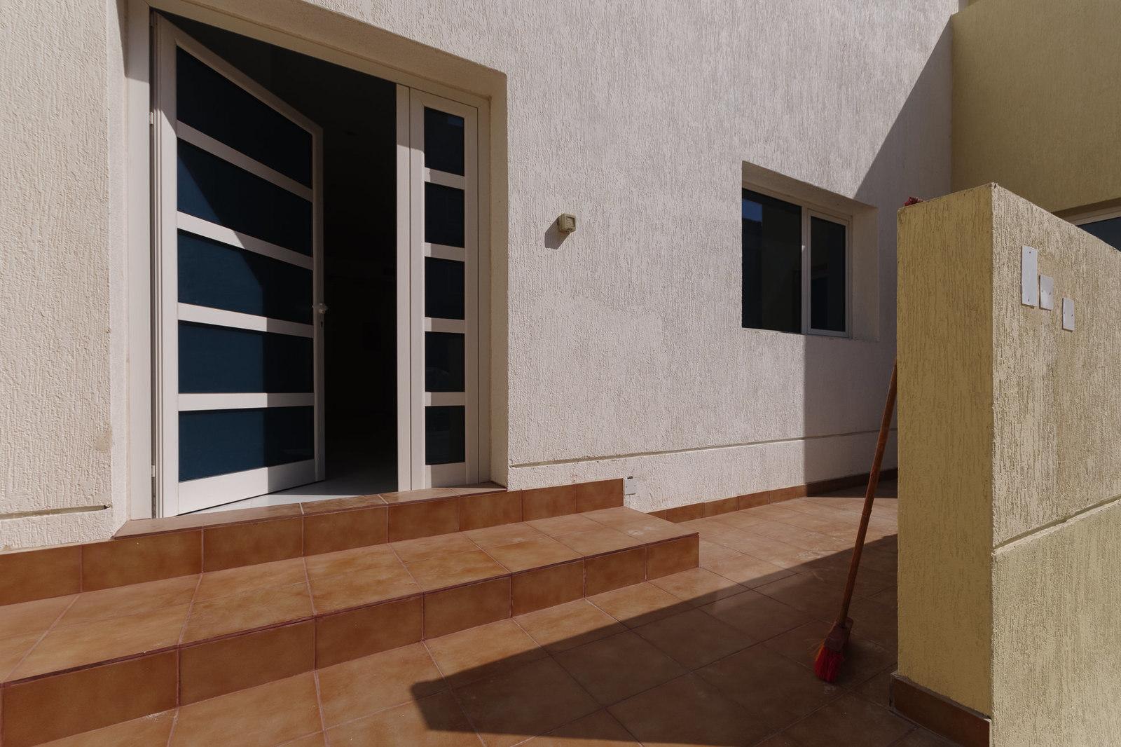 Jaber Al Ahmad – great, brand new, three bedroom apartments