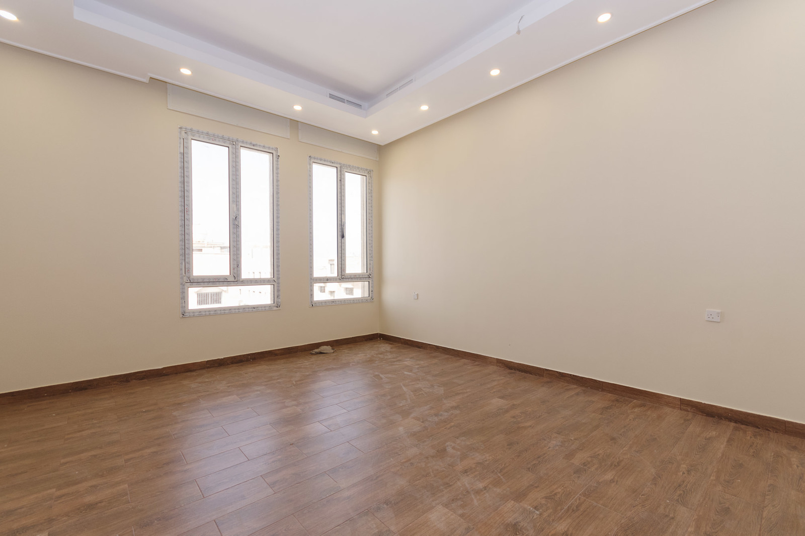 Salwa – new, unfurnished, four bedroom apartments