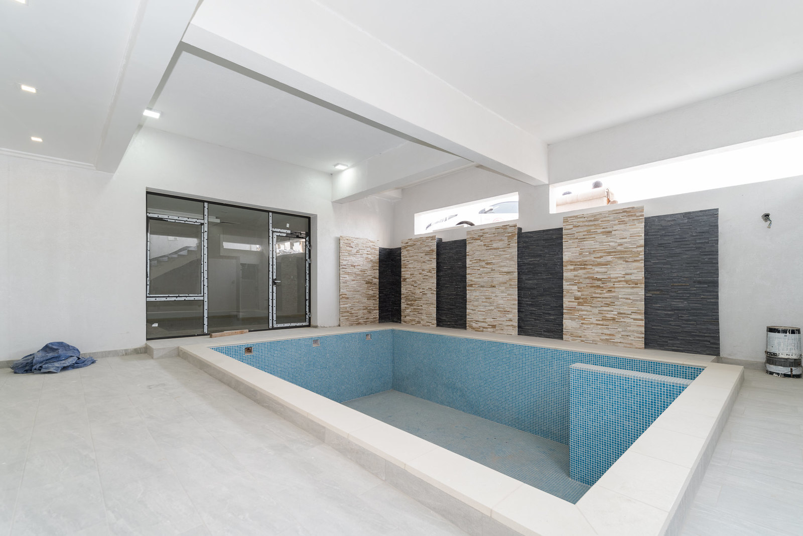 Abu Fatira – three bedroom basement apartment w/swimming pool