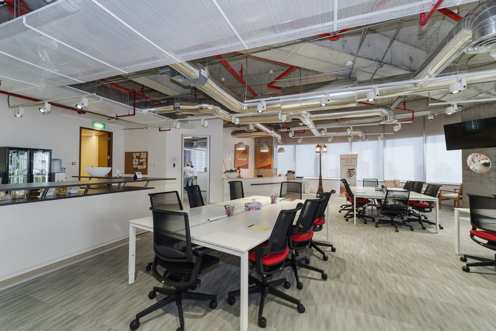 Sharq unique contemporary equipped office space in al for Office design hamra