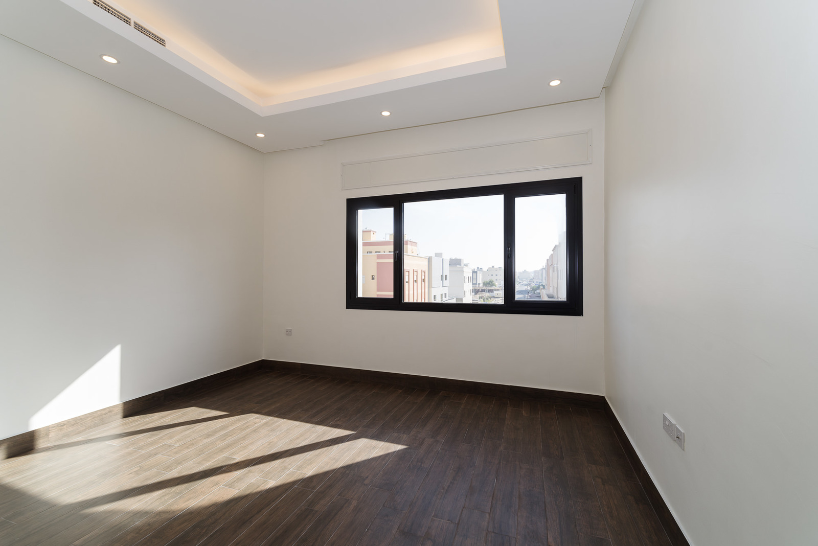Abu Fatira – lovely, new, three bedroom apartments