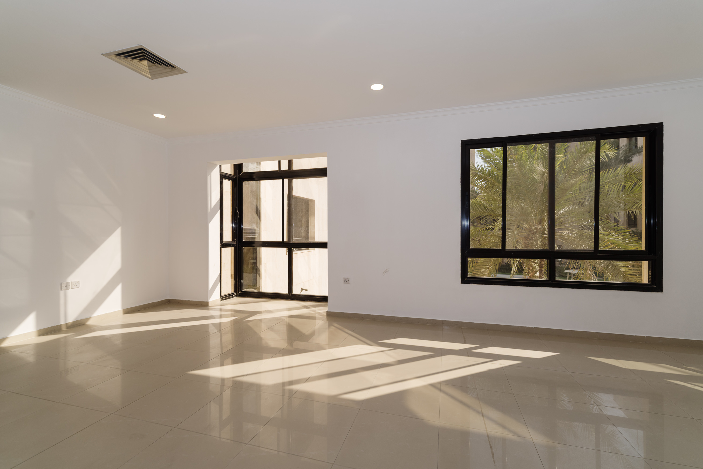 Jabriya – older, rennovated, unfurnished  two bedroom apartment w/facilities