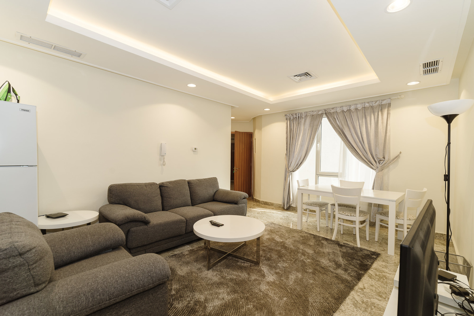 Fintas – nice, furnished, two bedroom apartments w/gym