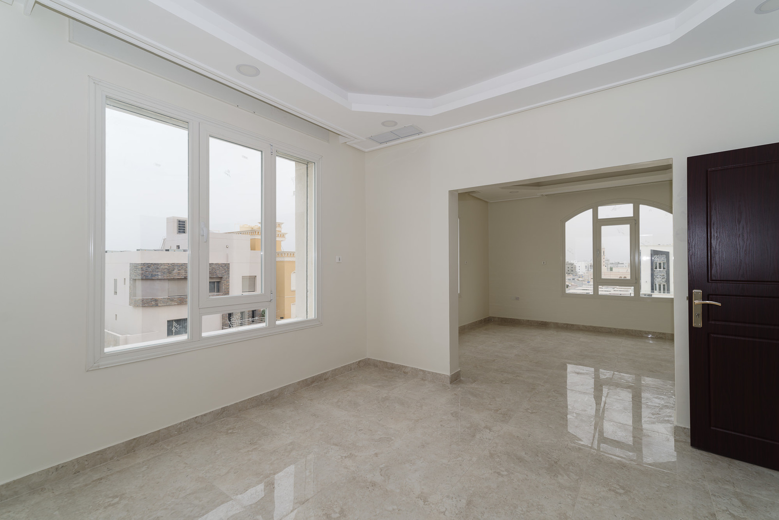 Fnaitees – new, unfurnished, two and three bedroom apartments