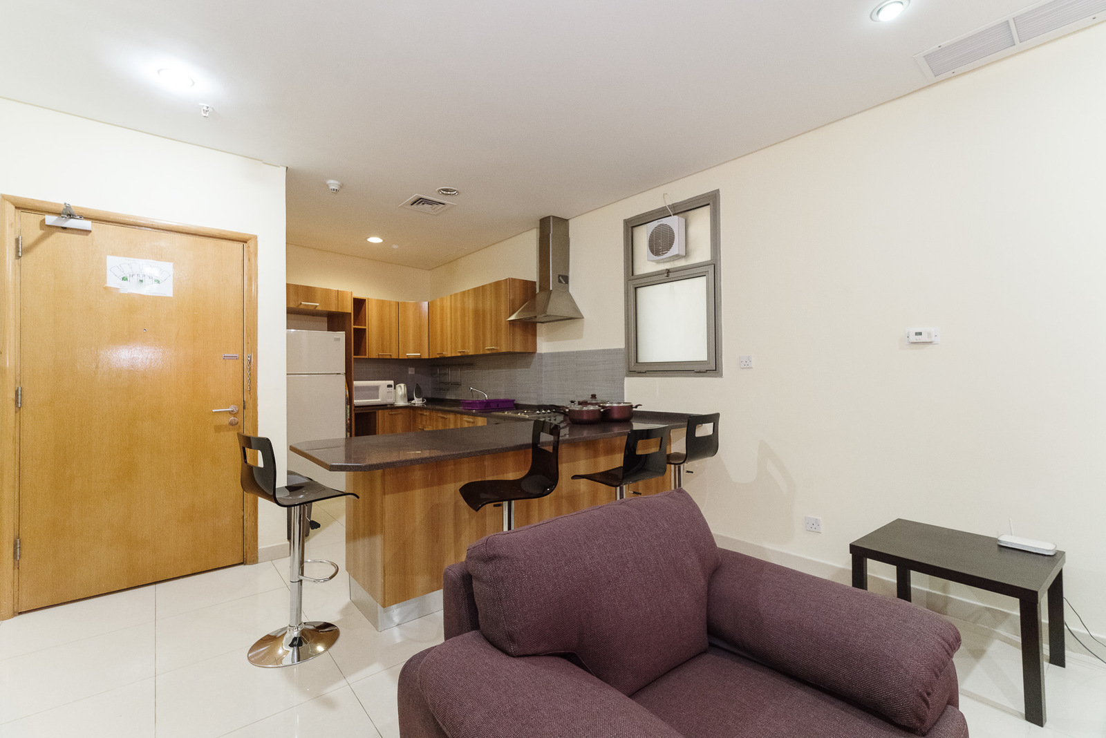 Fintas – furnished, one bedroom apartment w/facilities