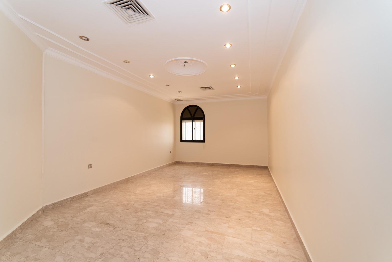 Salwa – older, spacious, three bedroom floors