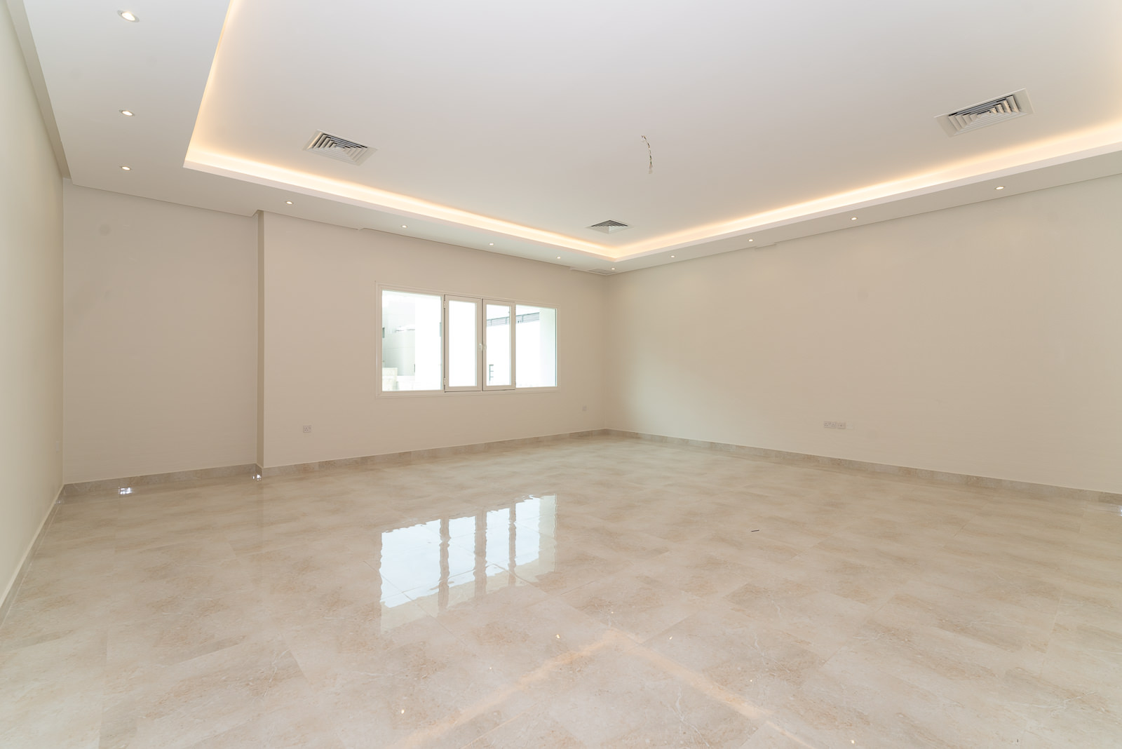 Masayel – new, spacious, unfurnished four bedroom floor