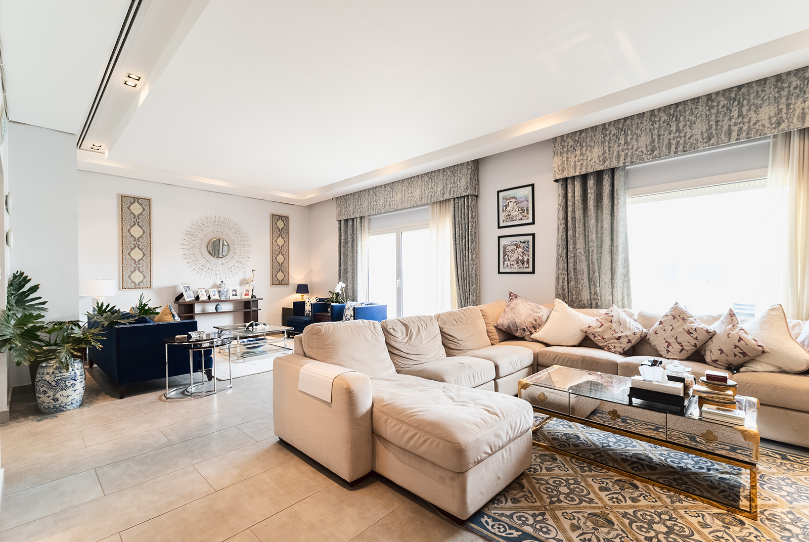 Faiha – fantastic, spacious, four bedroom floor w/balconies