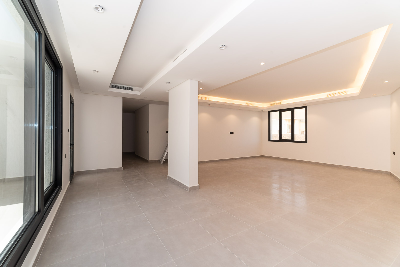 Surra – great, brand new duplex apartment w/terrace