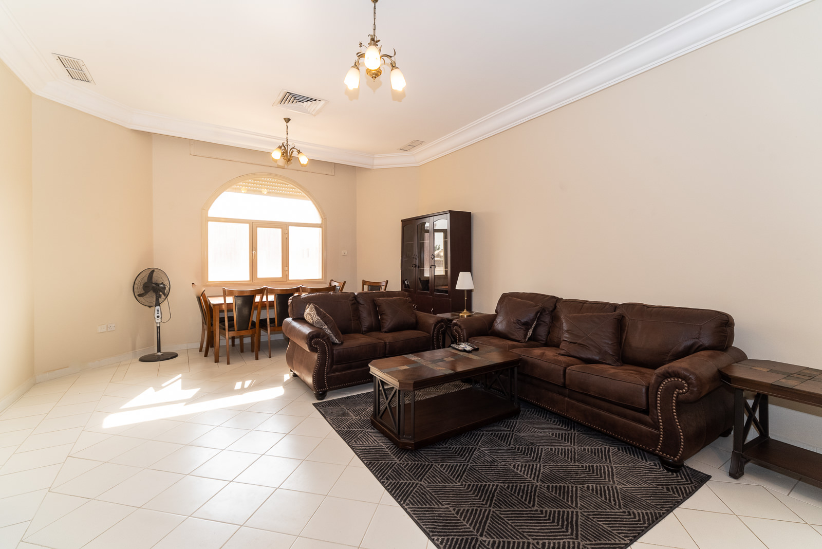 Fintas – very spacious, furnished apartments w/pool